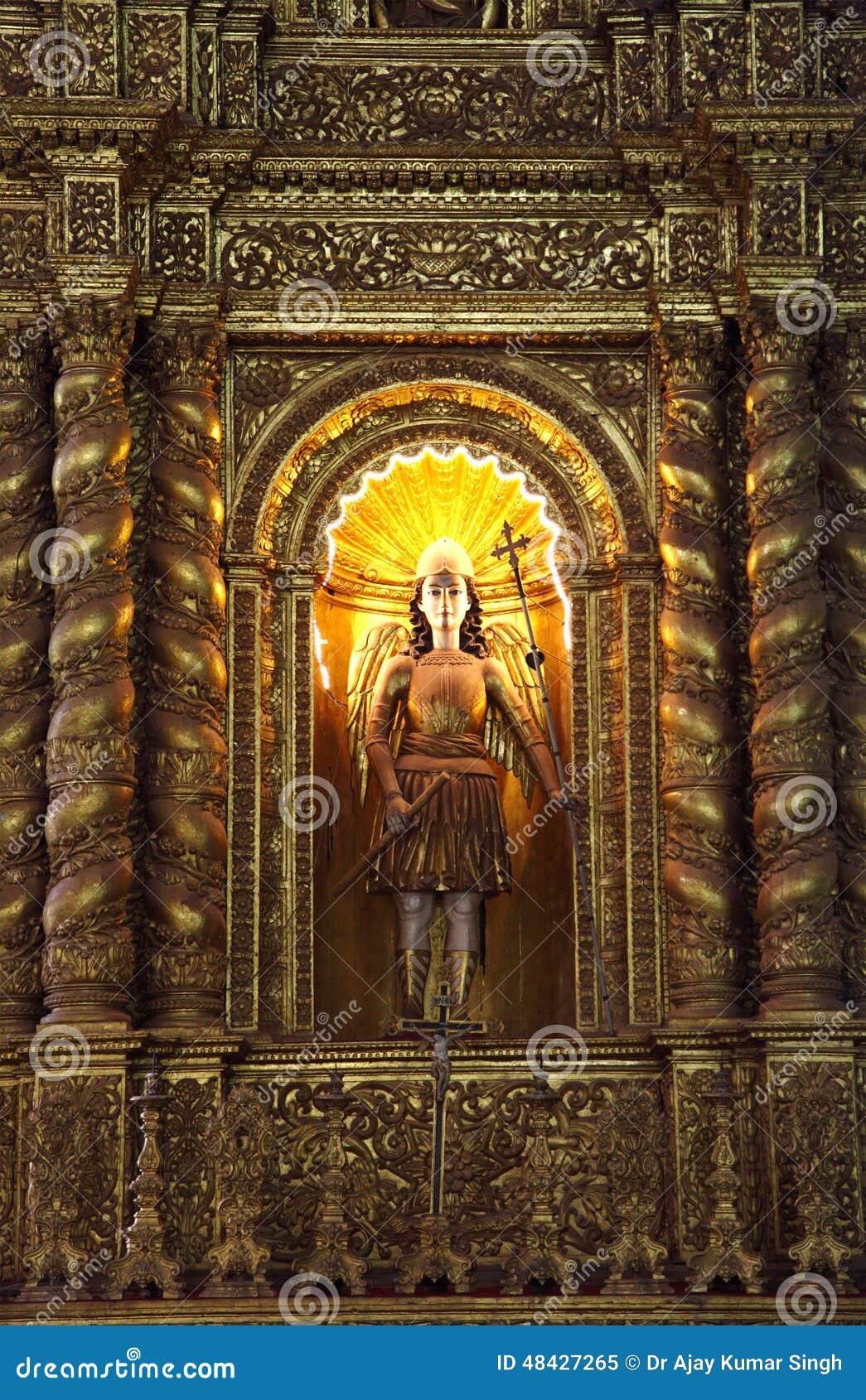 De basiliekkerk houdt de dodelijke overblijfselen van St Francis