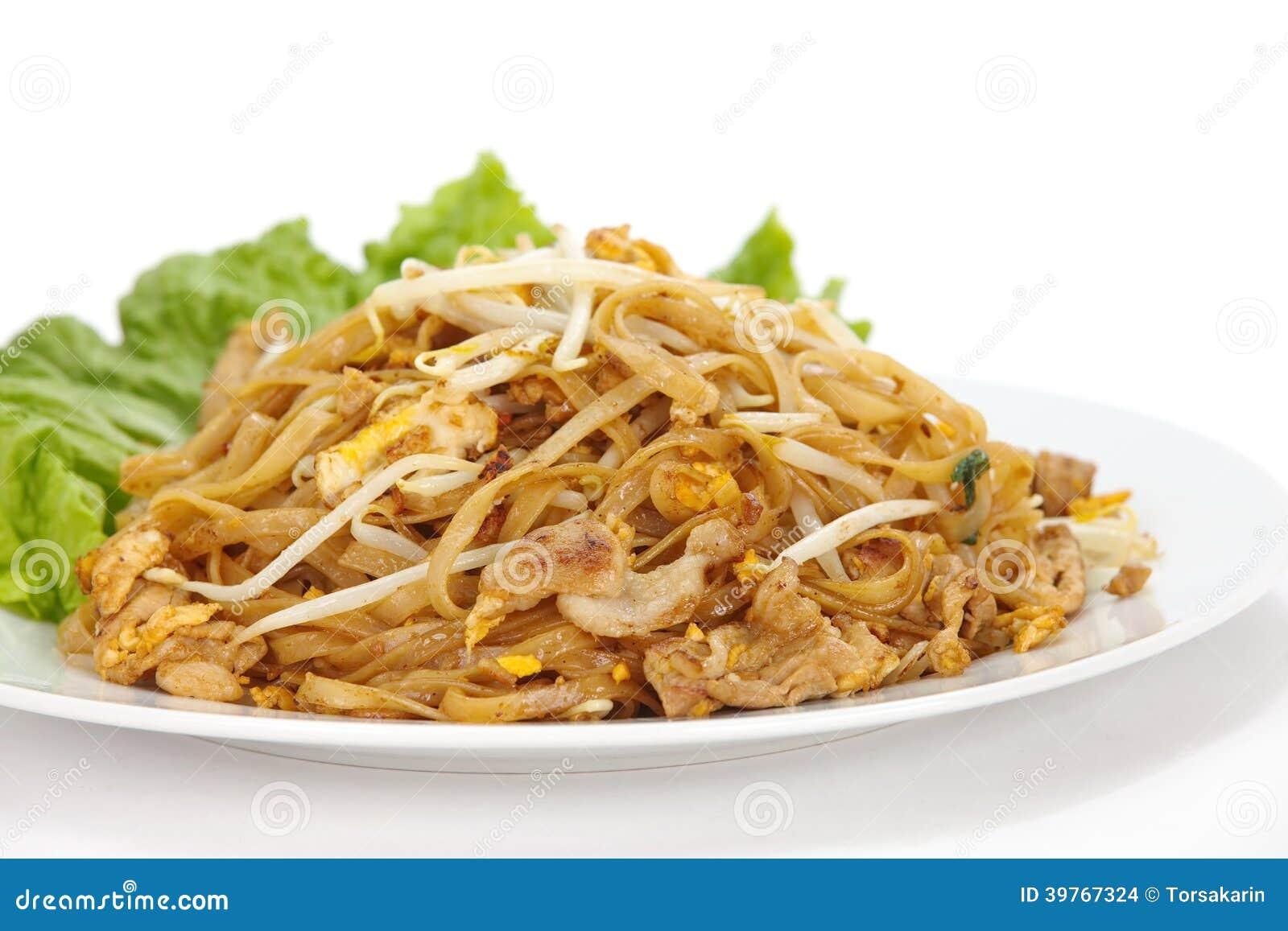 De be*wegen-gebraden rijstnoedels vullen Thai op