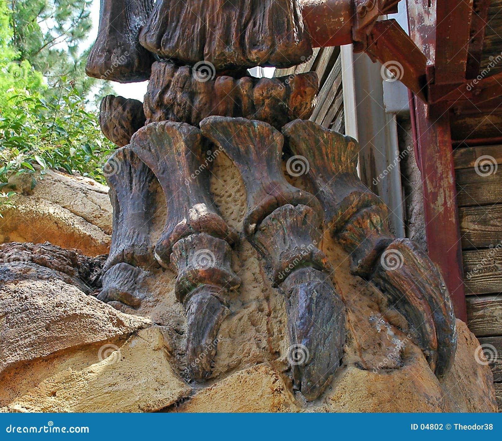 De beenderen van de dinosaurus