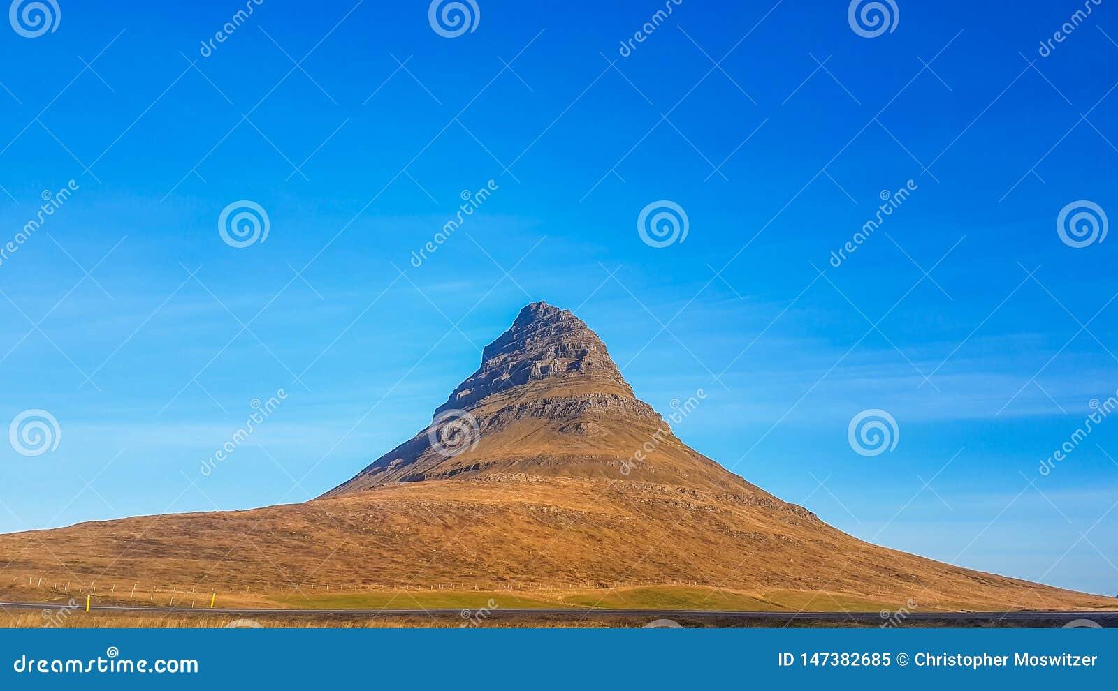De berg van IJsland - Kirkjufell-