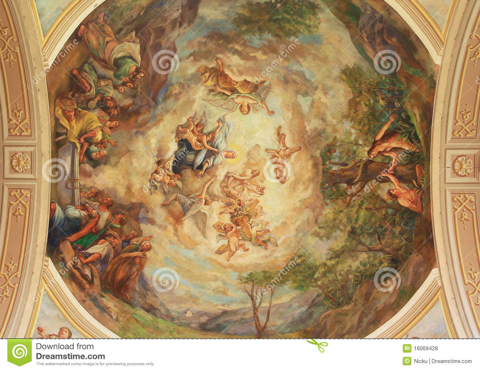 De binnenlandse fresko van de kathedraal