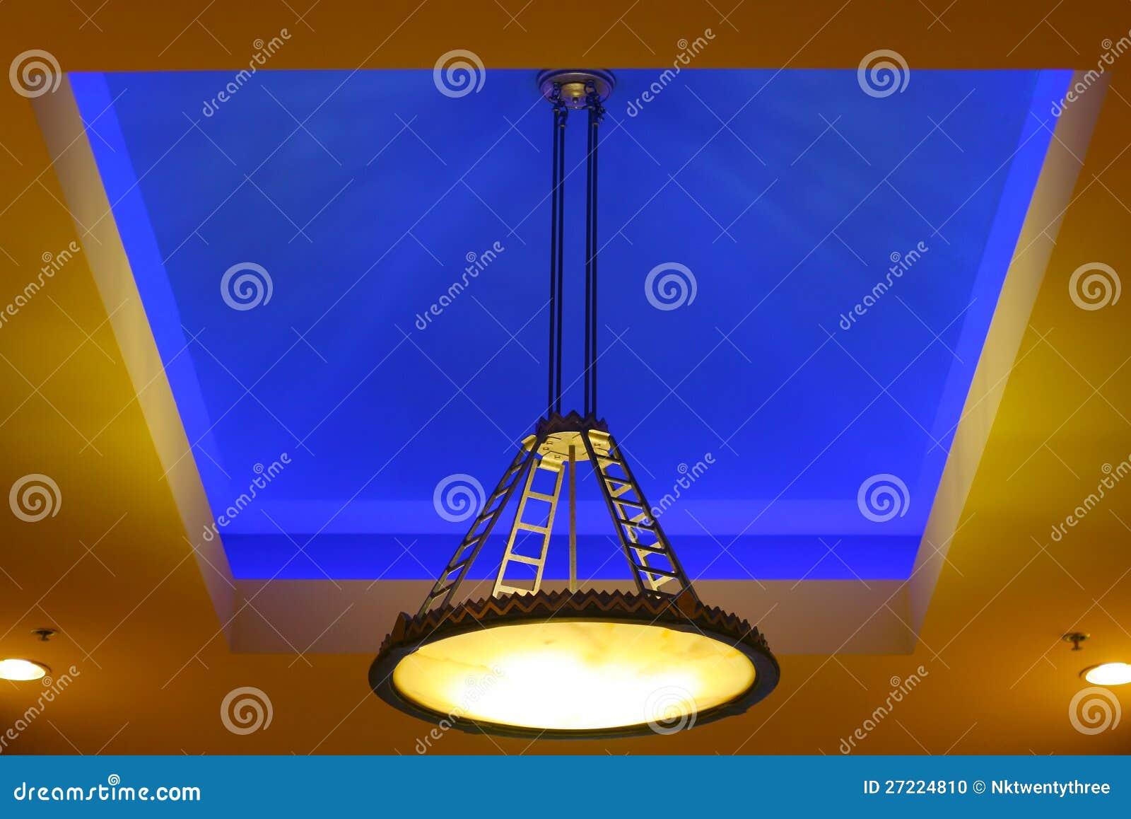 De blauwe behandeling van de plafondverlichting stock foto afbeelding 27224810 - Eigentijdse high end tapijten ...