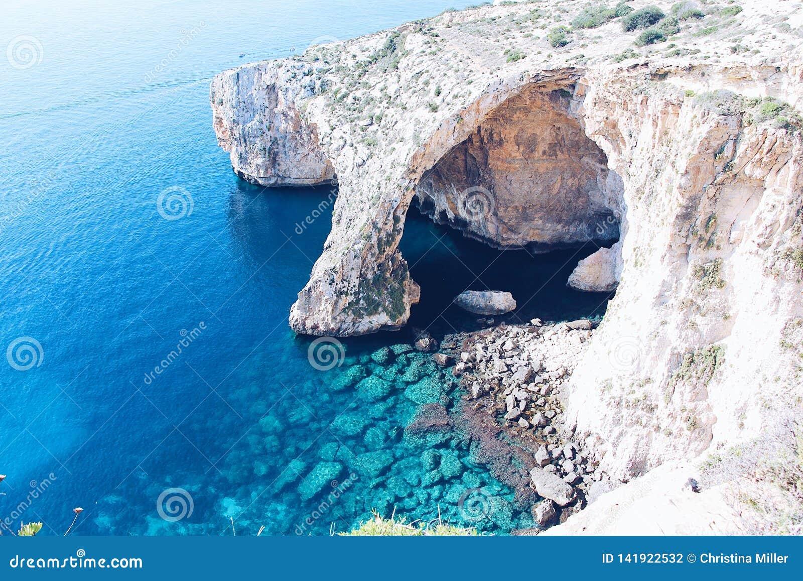 De blauwe Grot in Malta