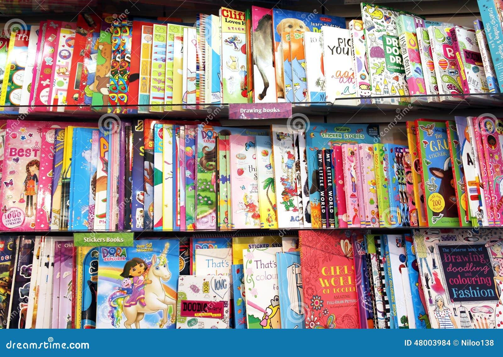 De Boeken Van De Kinderentekening Redactionele Stock Afbeelding ...
