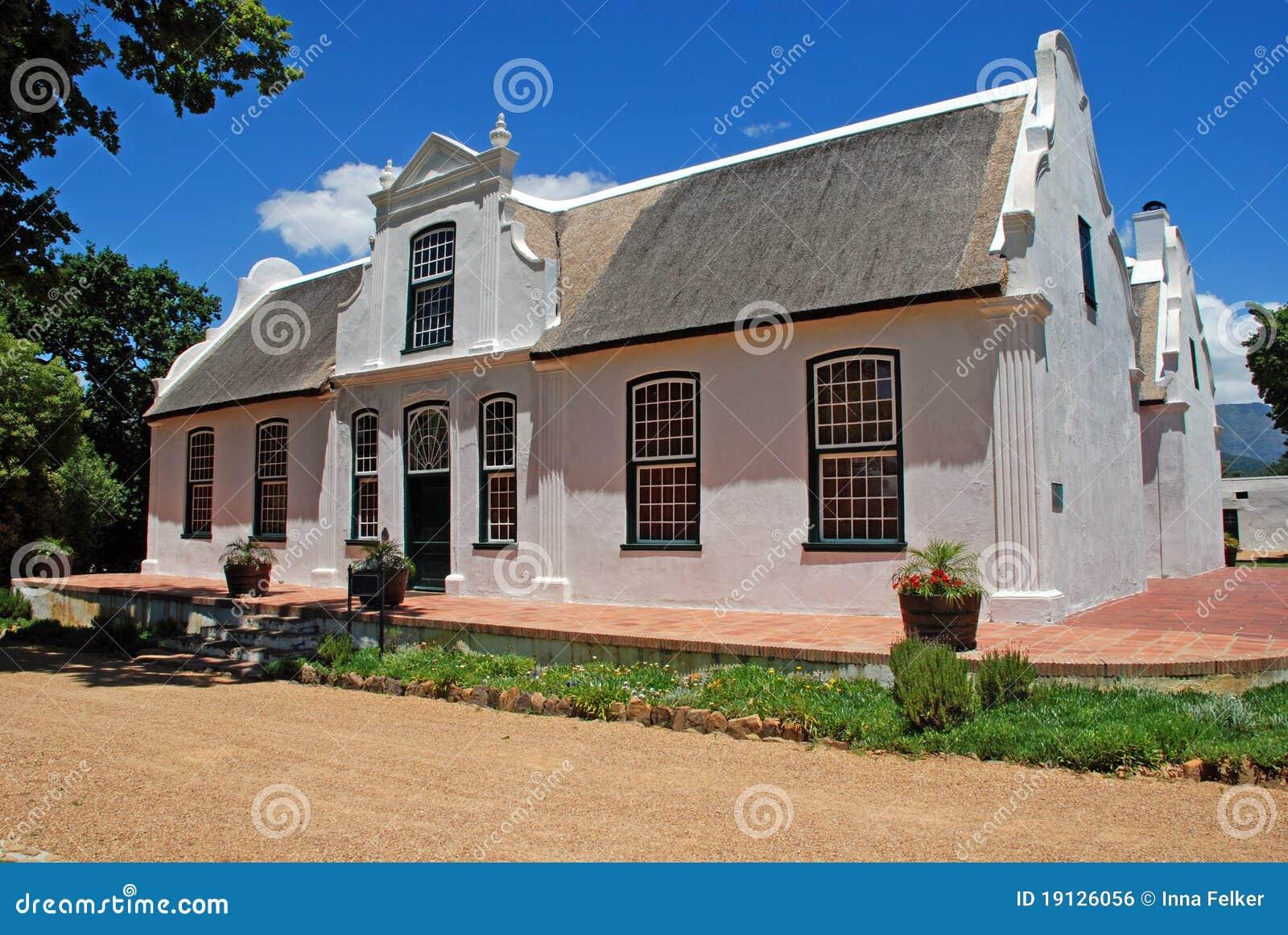 De boerderij van de wijn in koloniale stijl zuid afrika royalty vrije stock afbeelding - Koloniale stijl kantoor ...