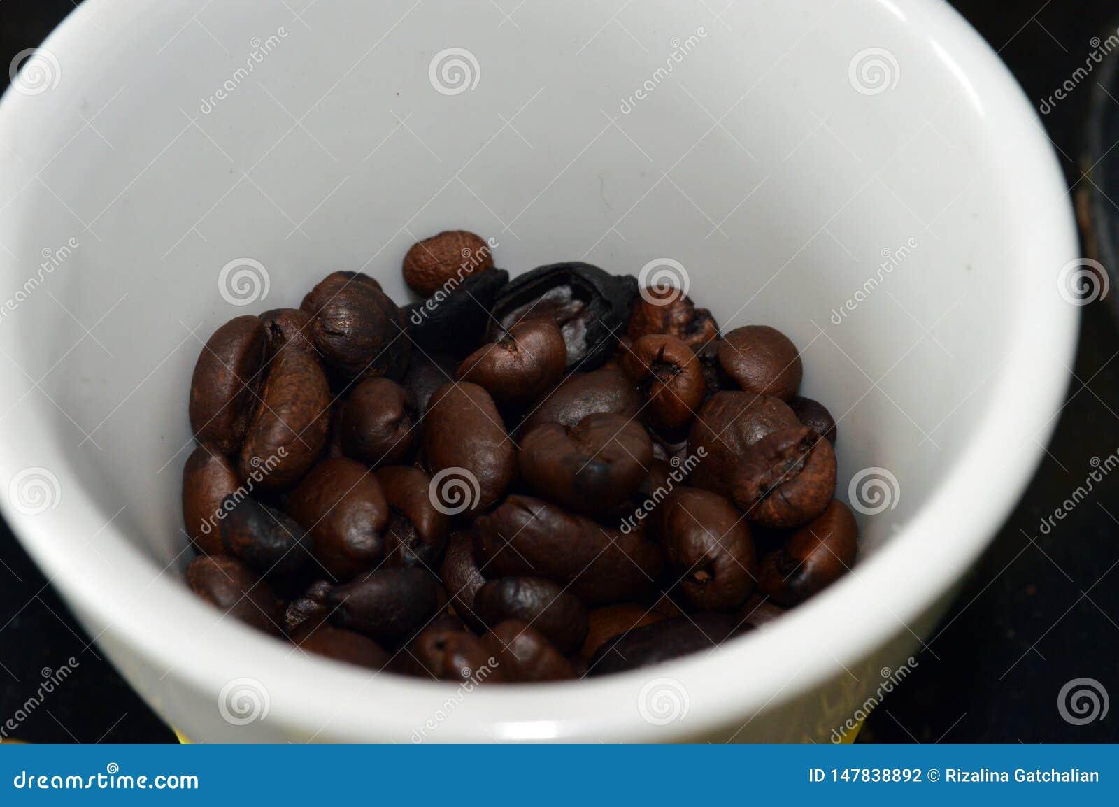 De bonen van de koffie