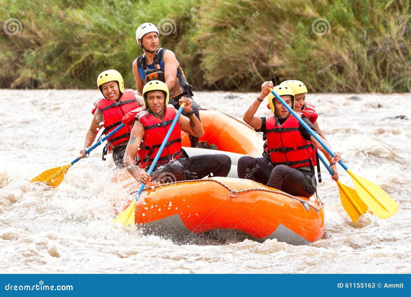 De Bootavontuur van Rafting van de Whitewaterrivier