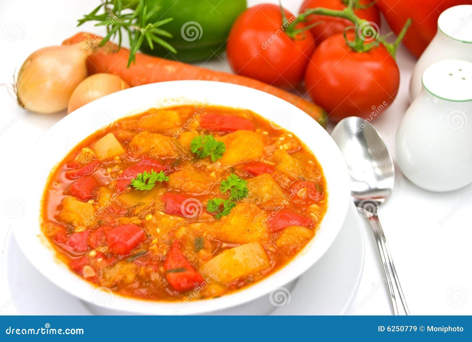 De borst soep-hutspot van de kip met gemengde groente