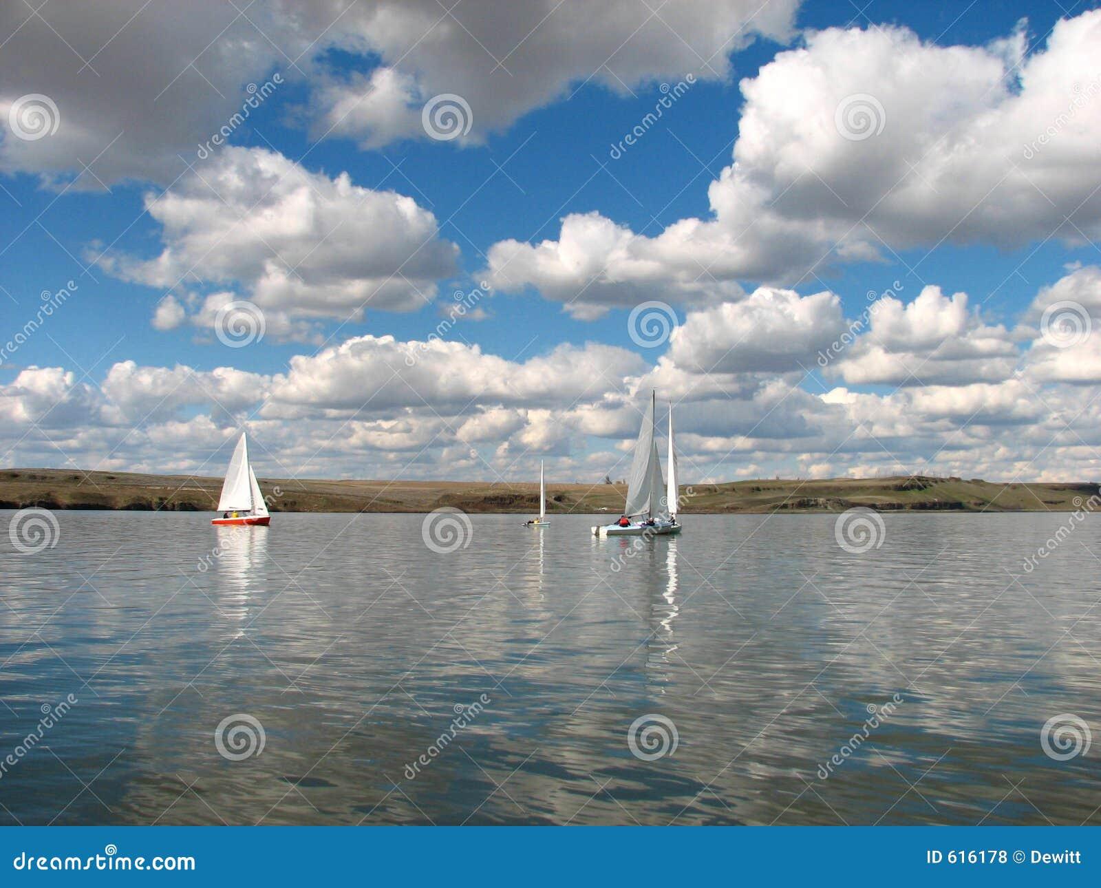 De Boten van Saing van het meer