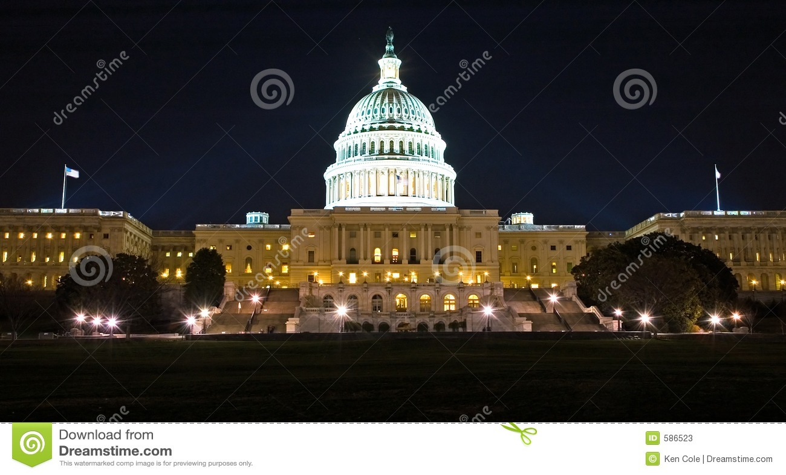 De Bouw van het Capitool van de V.S. bij Nacht