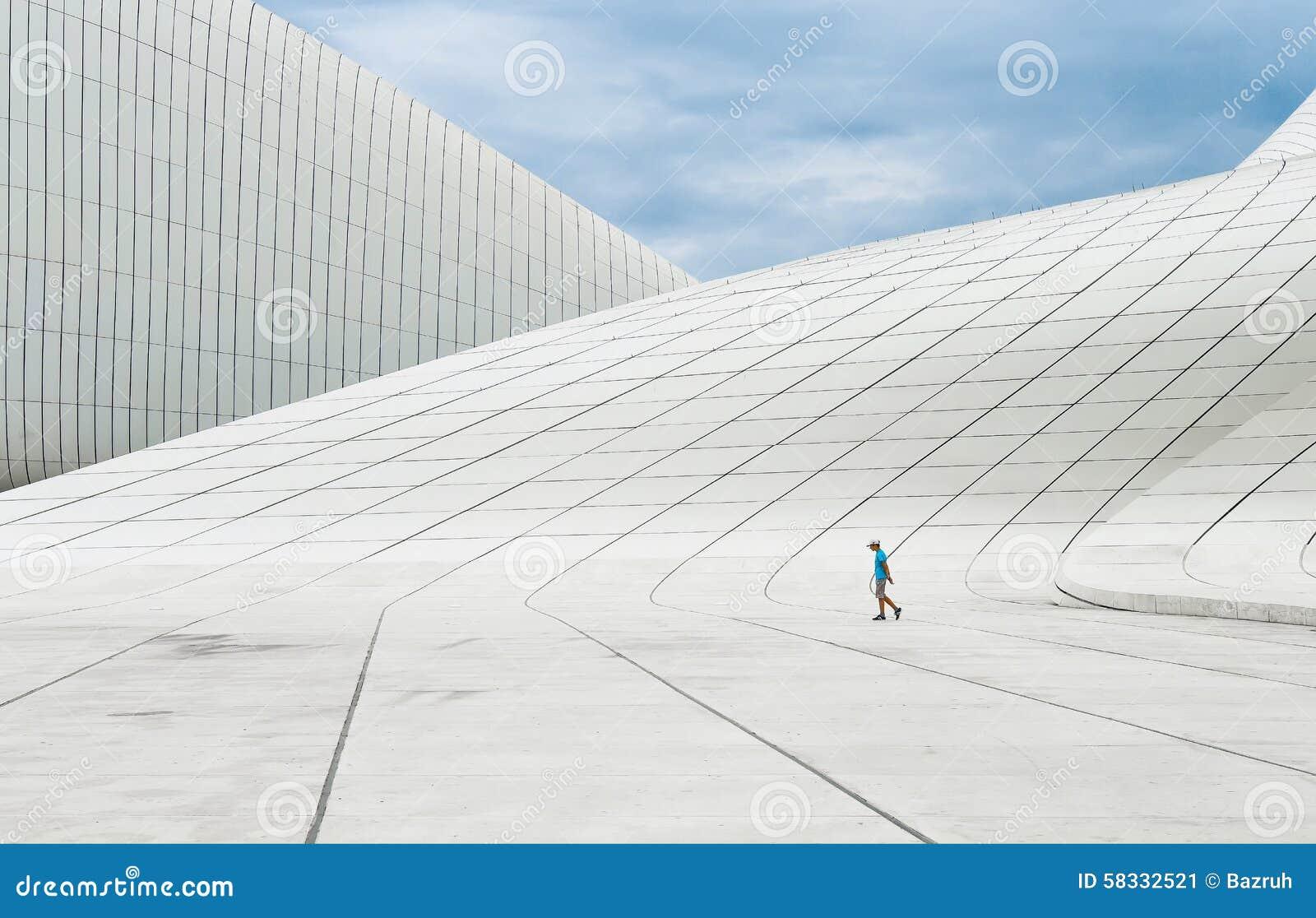 De bouw van heydar aliyev center redactionele foto afbeelding 58332521 - Behang ingang gang ...