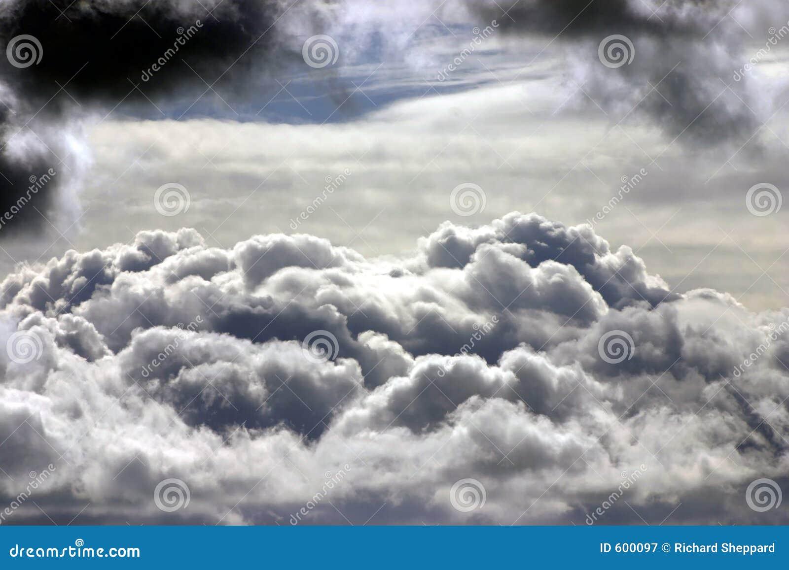De bovenkanten van de wolk