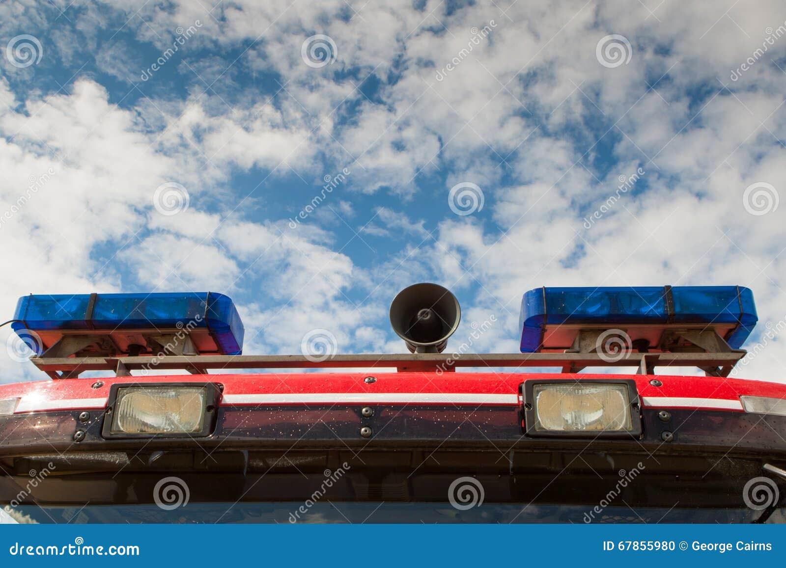 De Britse lichten en de sirene van de Brandvrachtwagen