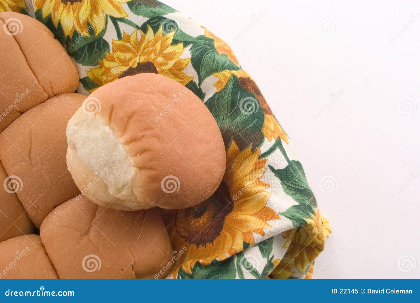 De Broodjes van het diner in een Mand
