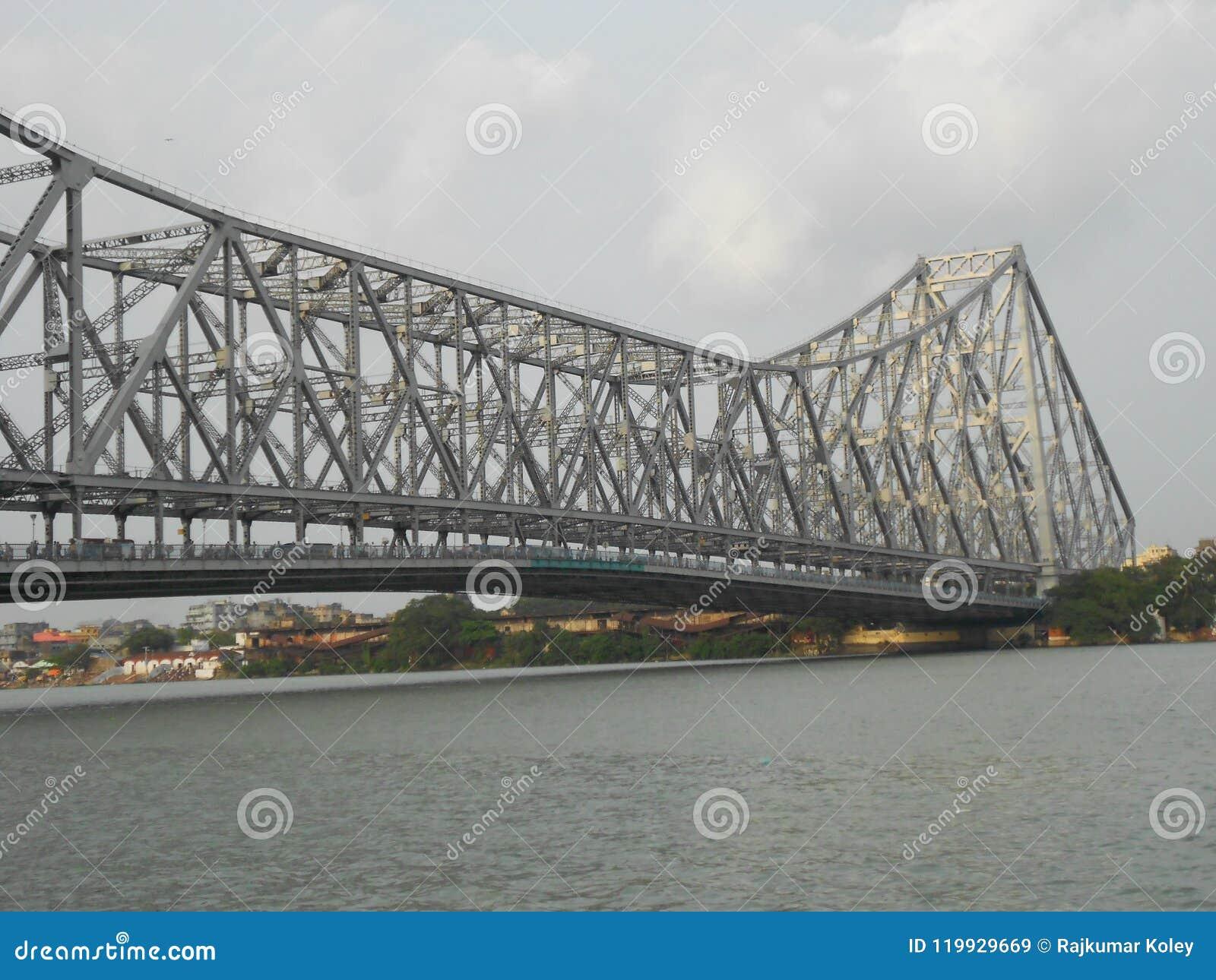 De Brugoriëntatiepunt van Howrah van Kolkata