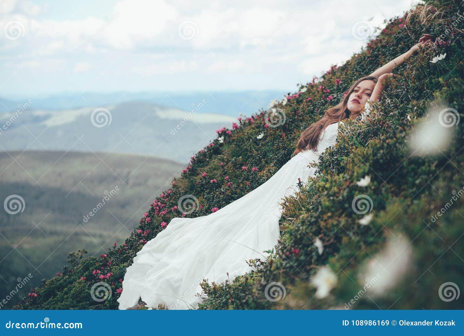 De bruid in bergen Huwelijk