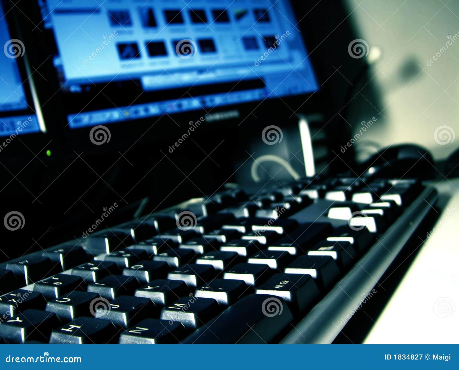De bureaucomputer van