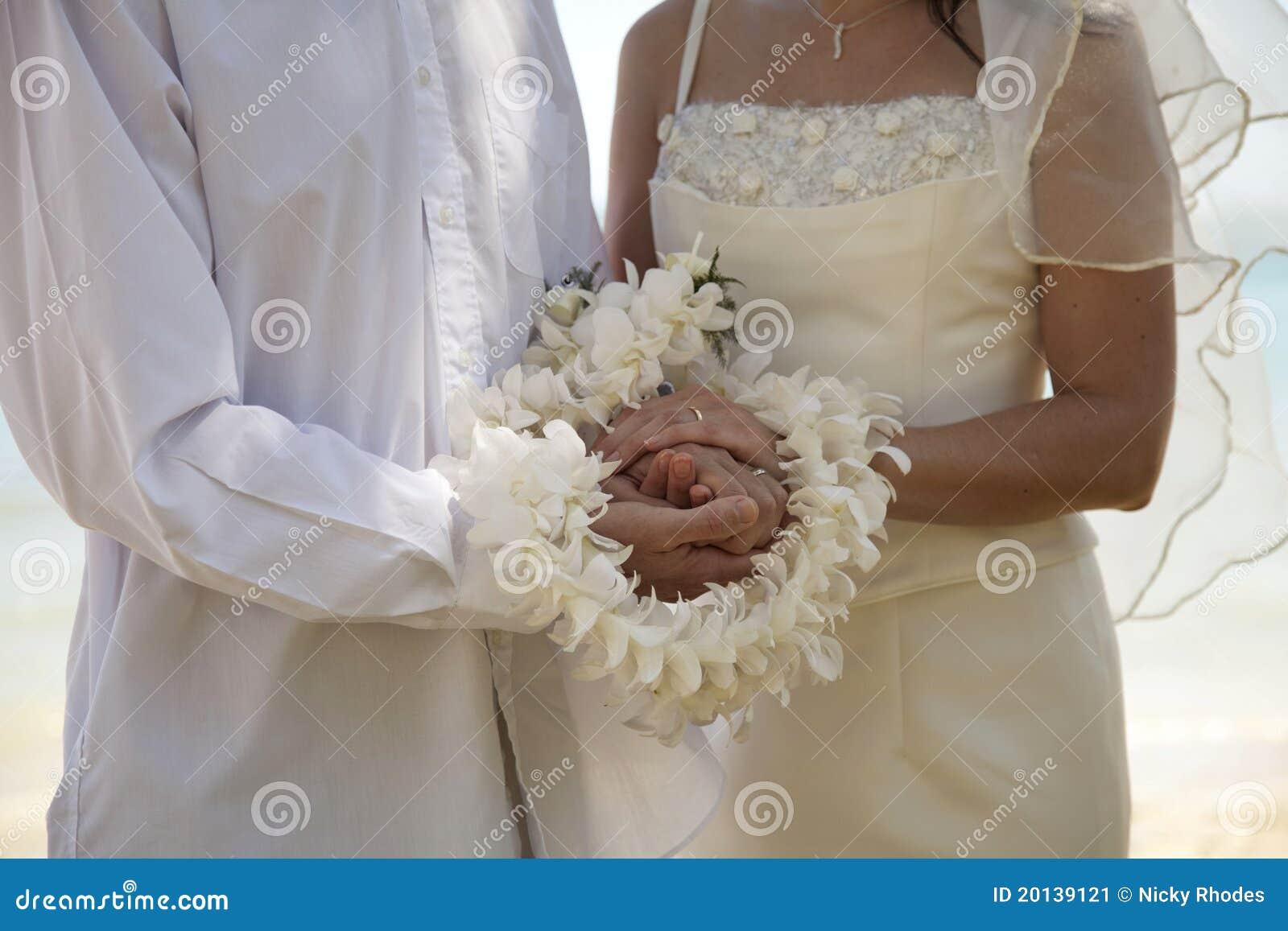 De ceremonie van het huwelijk met ringen