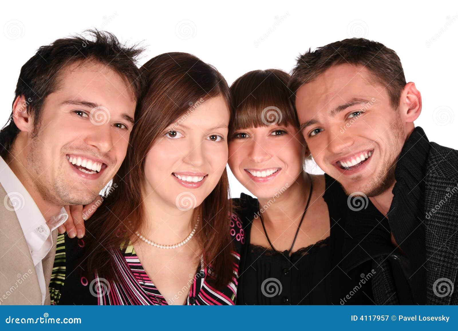 De close-up van vier vriendengezichten