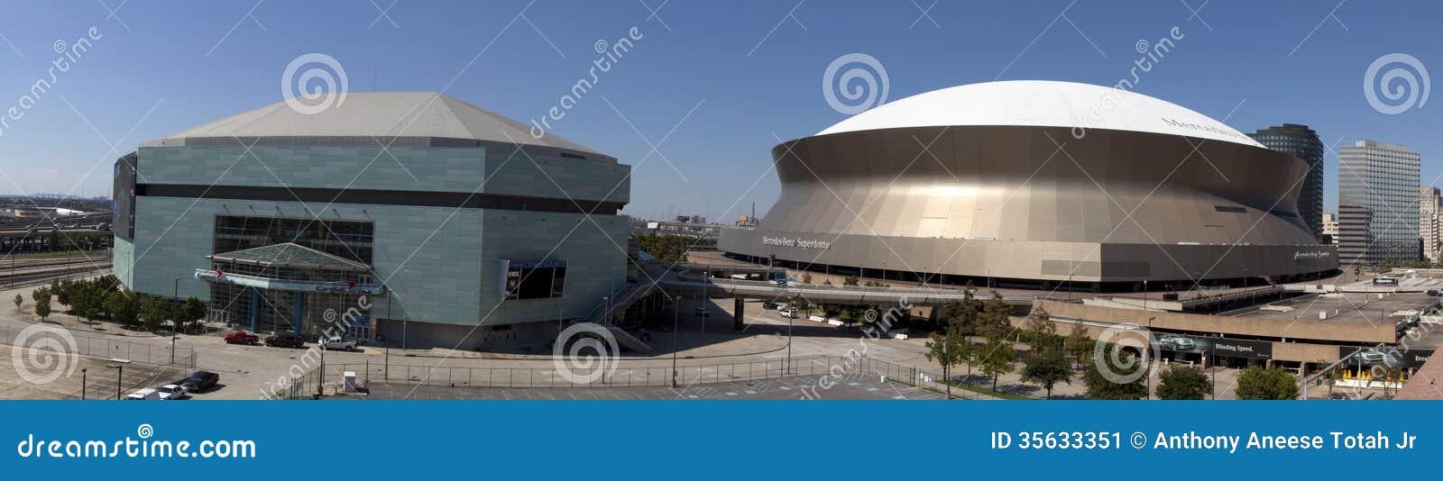 De Complexe Sporten en het Vermaak van New Orleans (panoramisch)