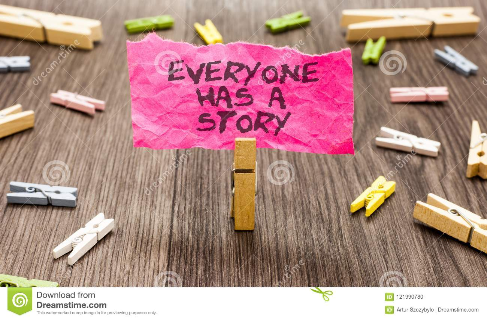 De conceptuele hand die tonend iedereen heeft een Verhaal schrijven Bedrijfsfoto demonstratieachtergrond die vertellend uw geheug