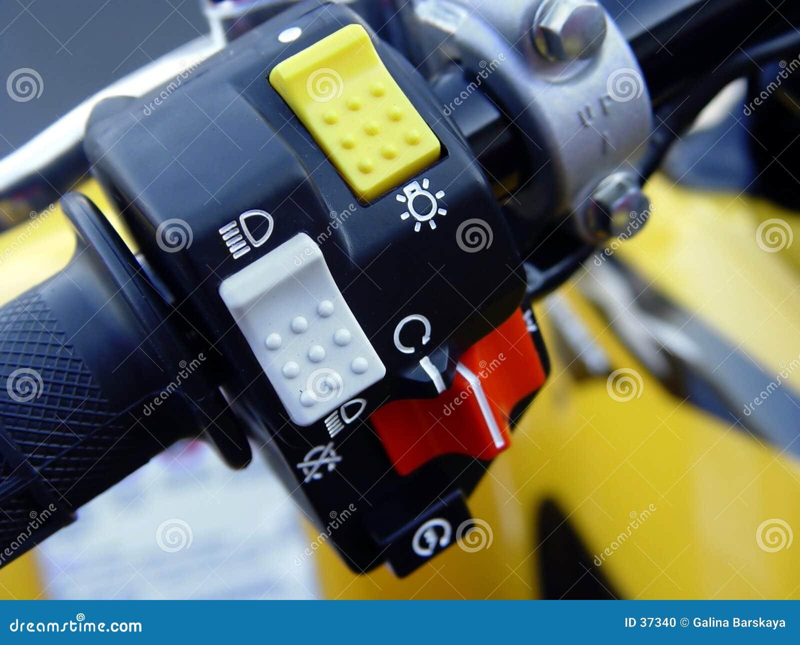 De controles van de motorfiets