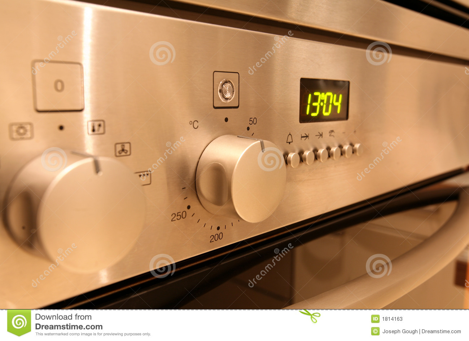 De Controles van de oven