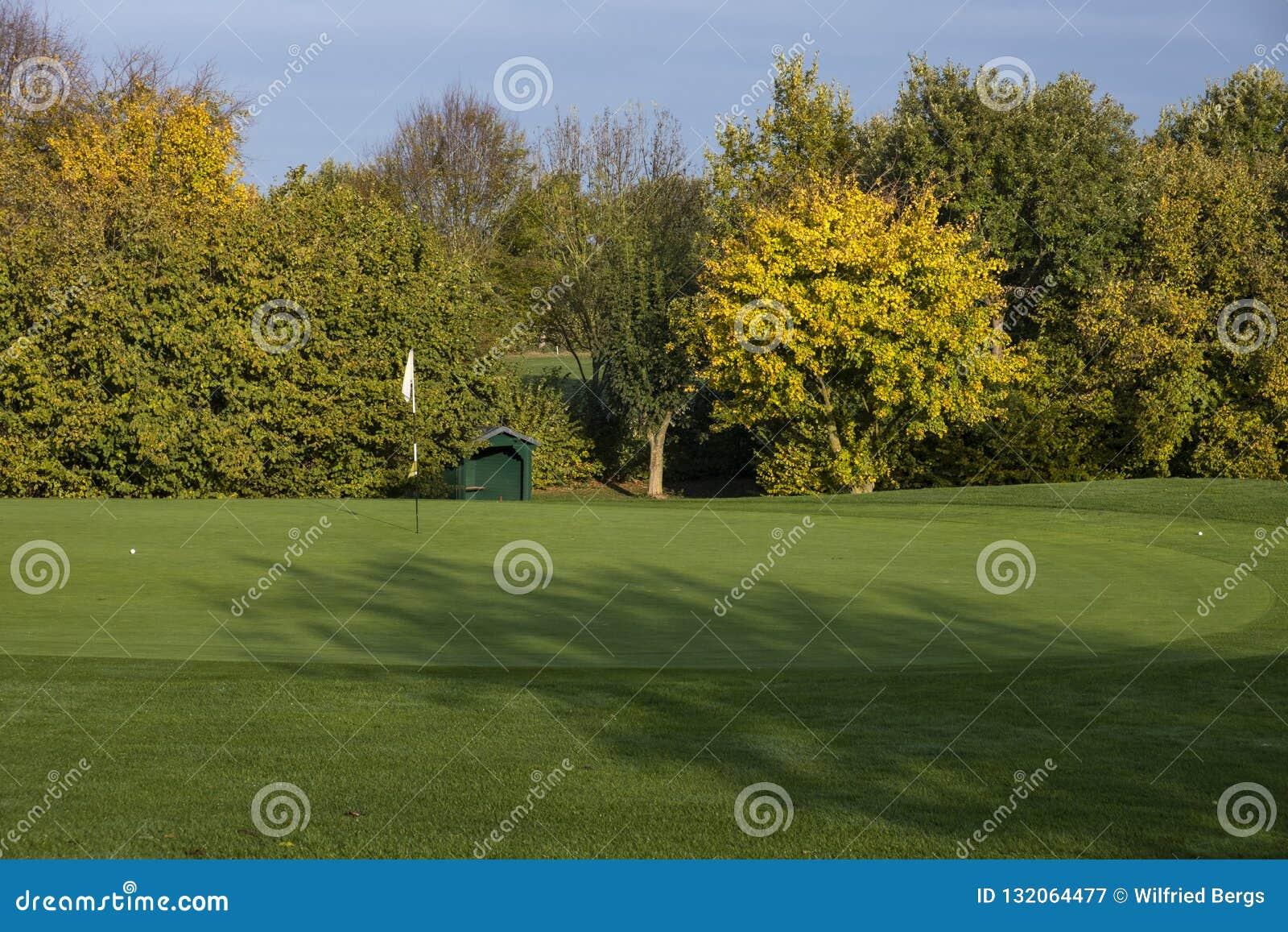 De Cursus van het golf in de Herfst