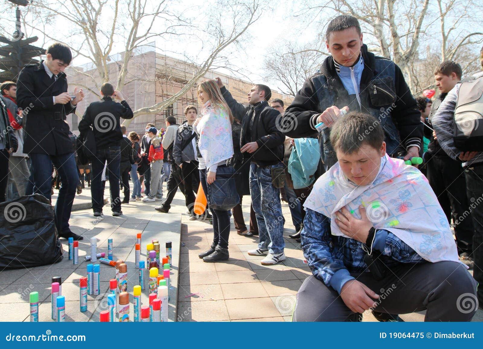 De Dag van de Dwazen van april in Odessa, de Oekraïne.