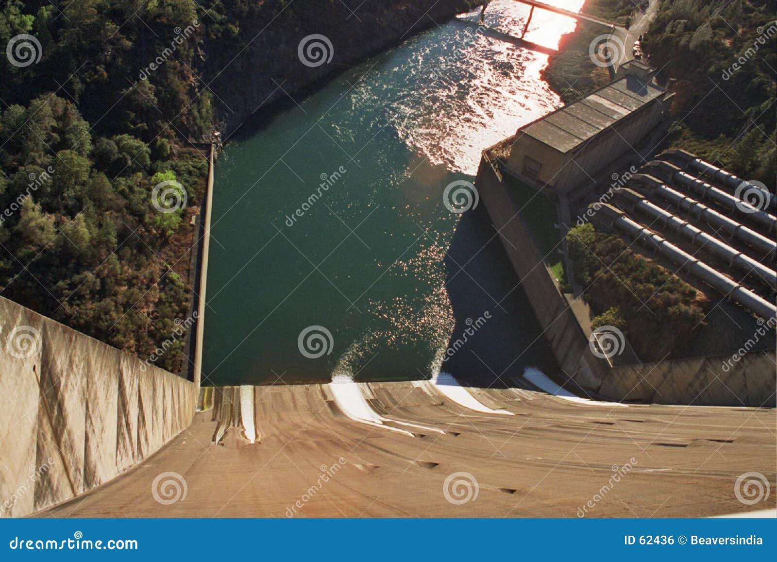 De dam van Shasta