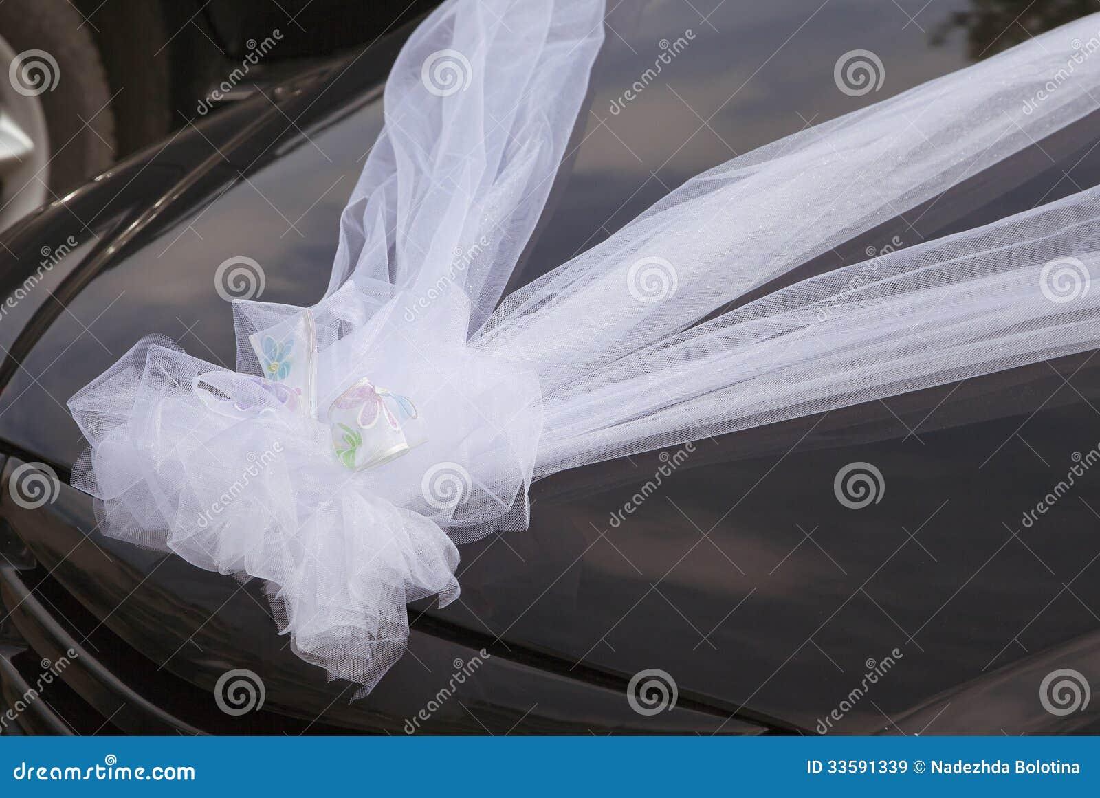 De decoratie van de huwelijksauto