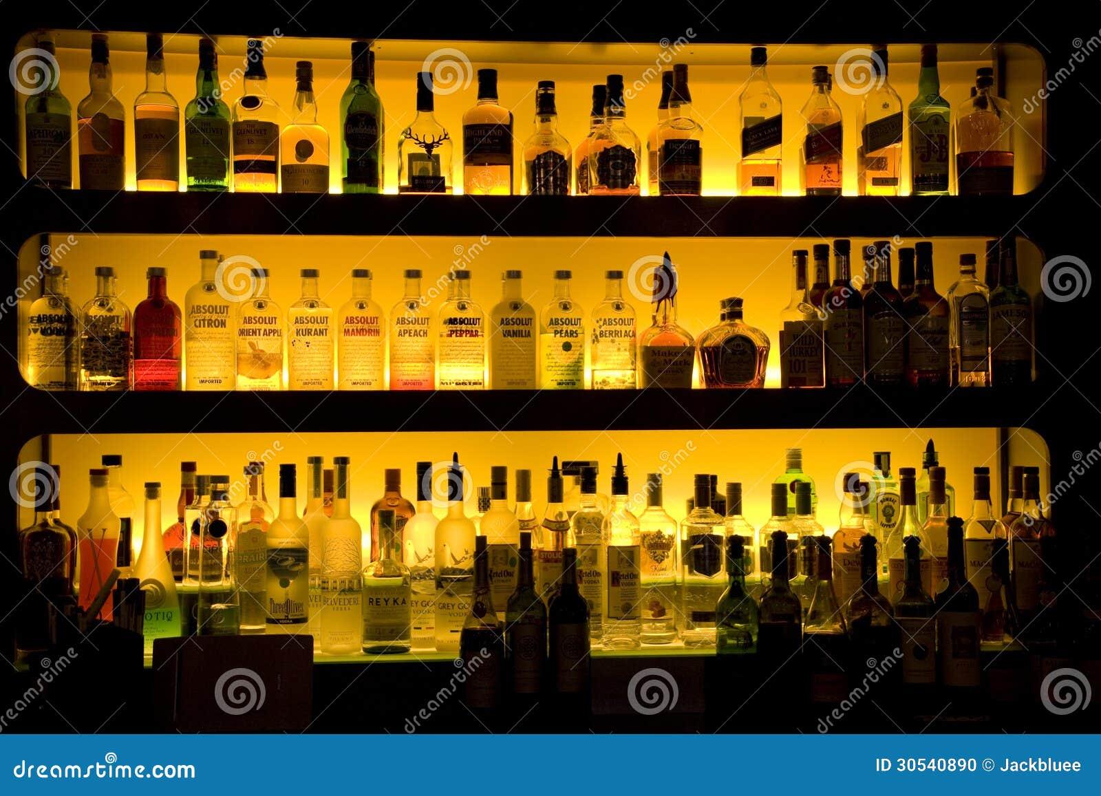 De decoratie van de wijndranken van de baralcoholische drank