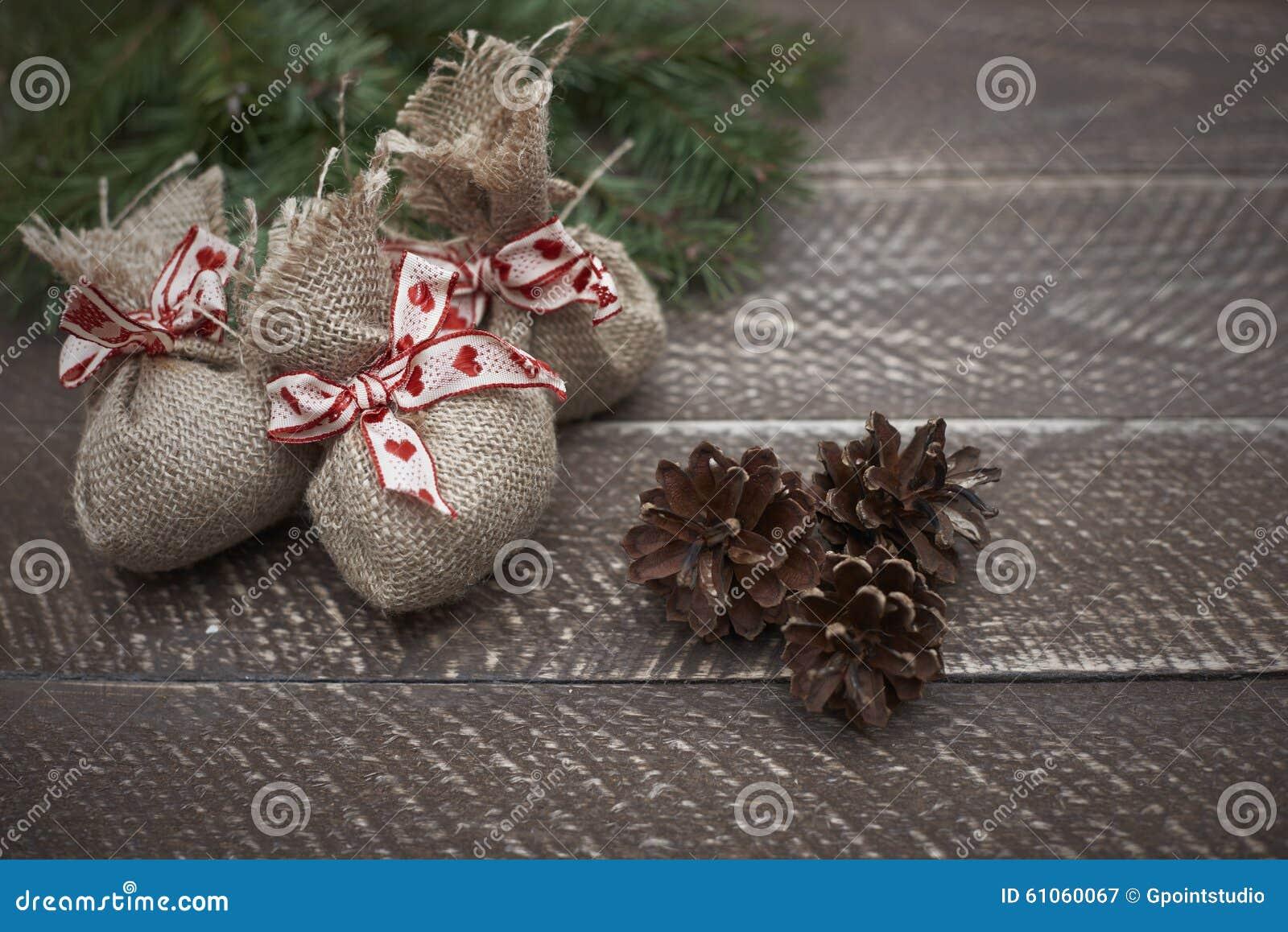 De decoratie van kerstmis stock afbeelding afbeelding bestaande uit hout 61060067 - Foto decoratie ...