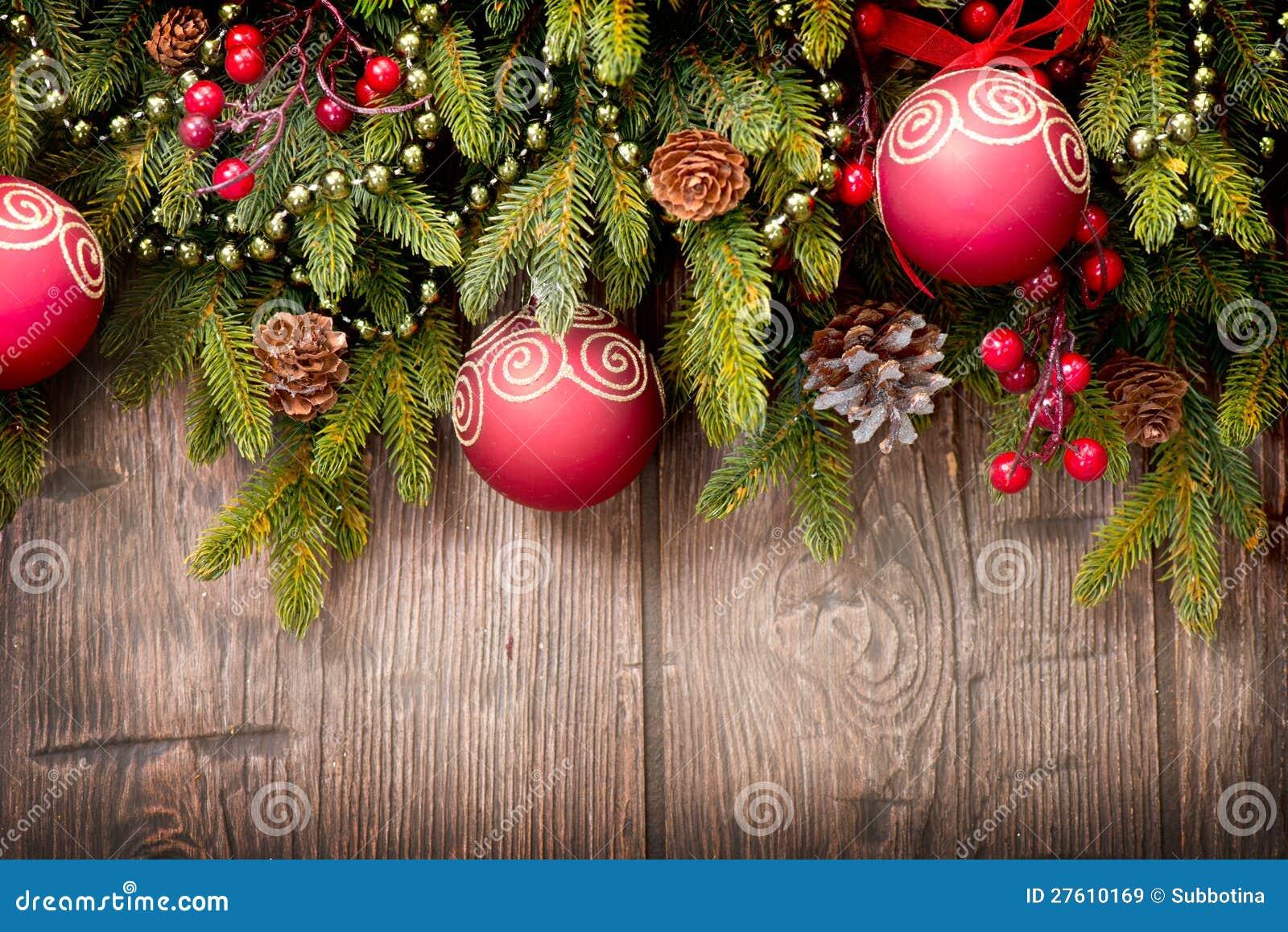 De decoratie van kerstmis over hout royalty vrije stock afbeeldingen afbeelding 27610169 - Decoratie van de kamers van de meiden ...