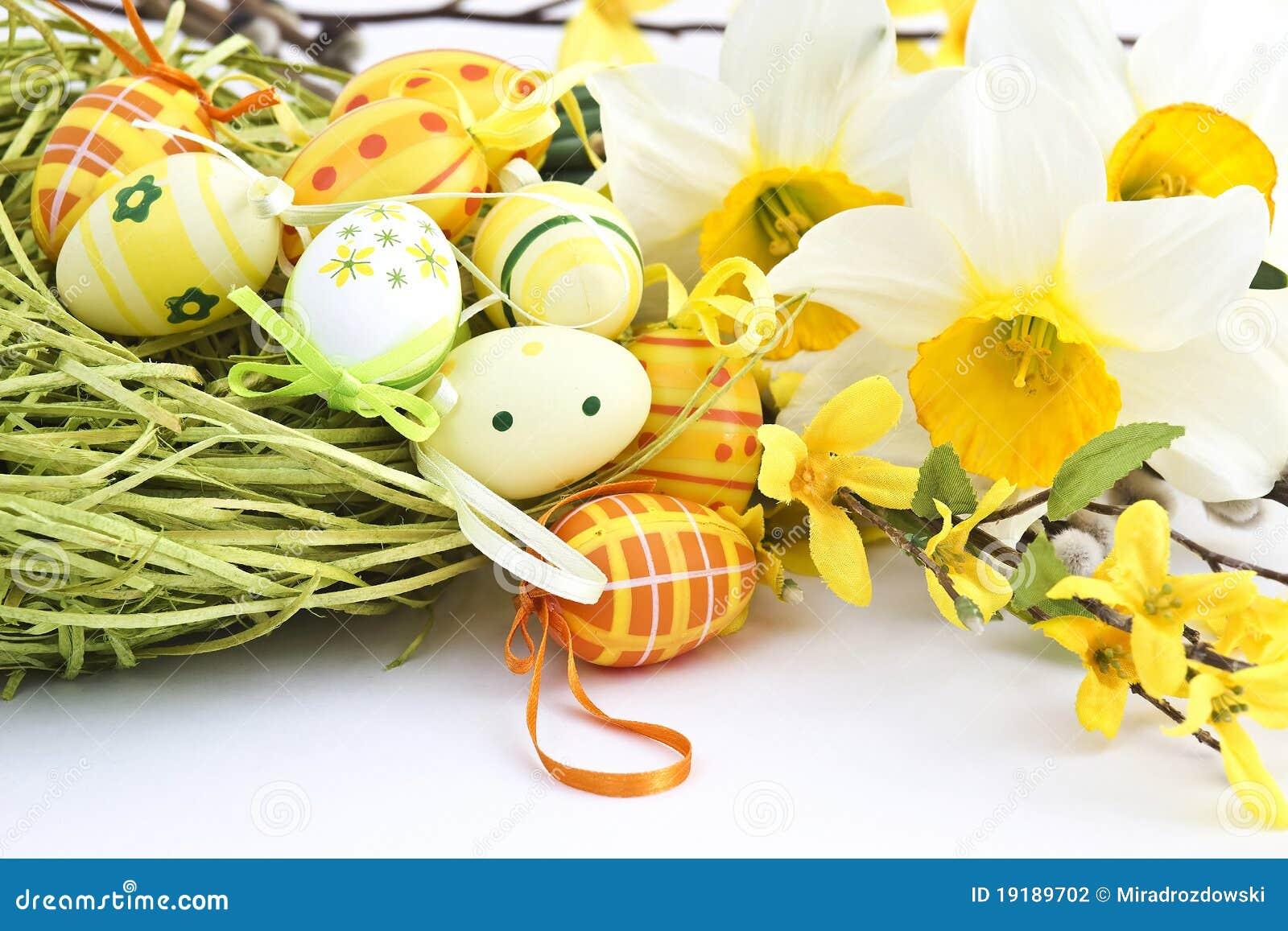 De decoratie van pasen stock fotografie afbeelding 19189702 - Decoratie geel ...