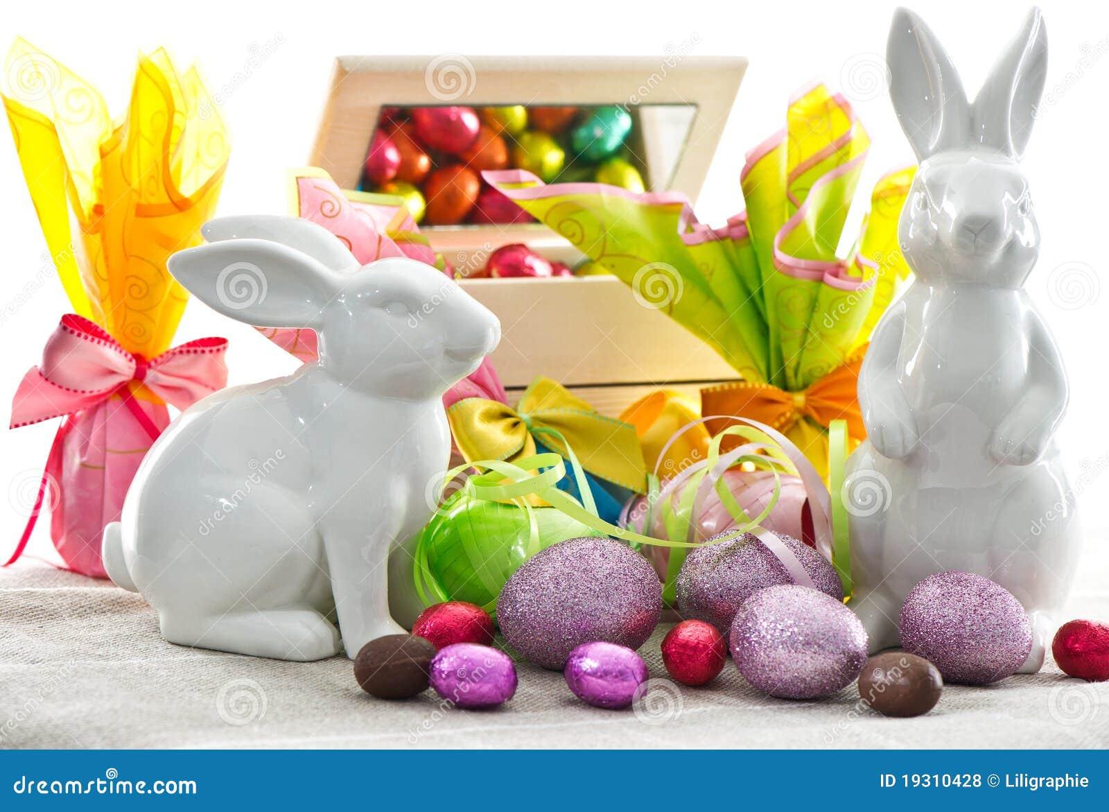 De decoratie van pasen eieren en konijntjes royalty vrije stock foto 39 s afbeelding 19310428 - Foto van decoratie ...