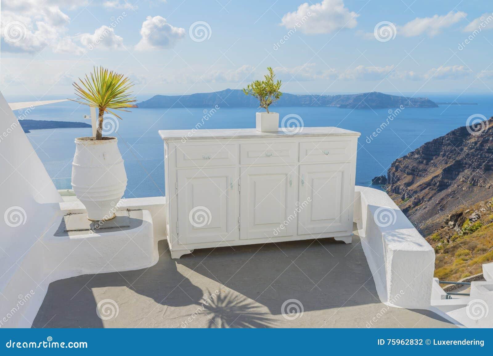 De decoratieve elementen versieren traditioneel grieks huis therasia