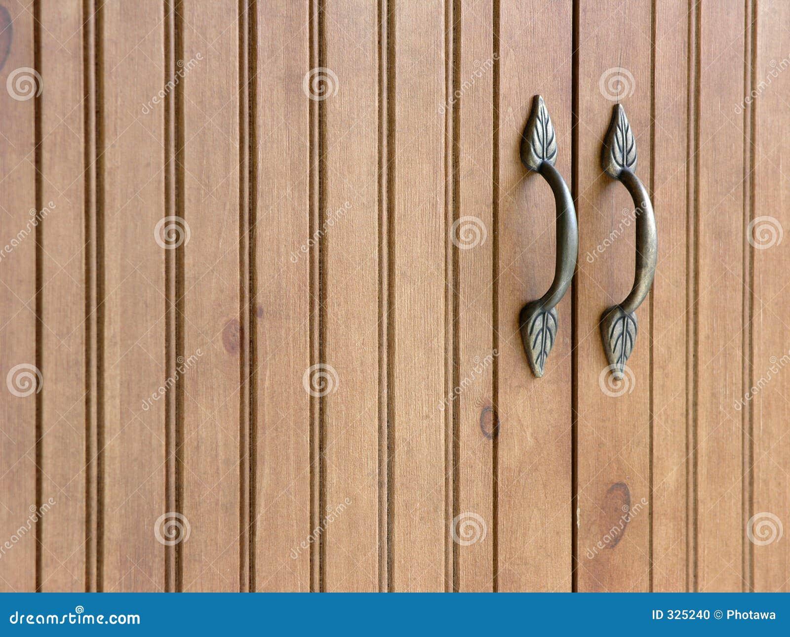 Voorraadkast Met Deuren : De deuren van de voorraadkast stock foto afbeelding bestaande uit