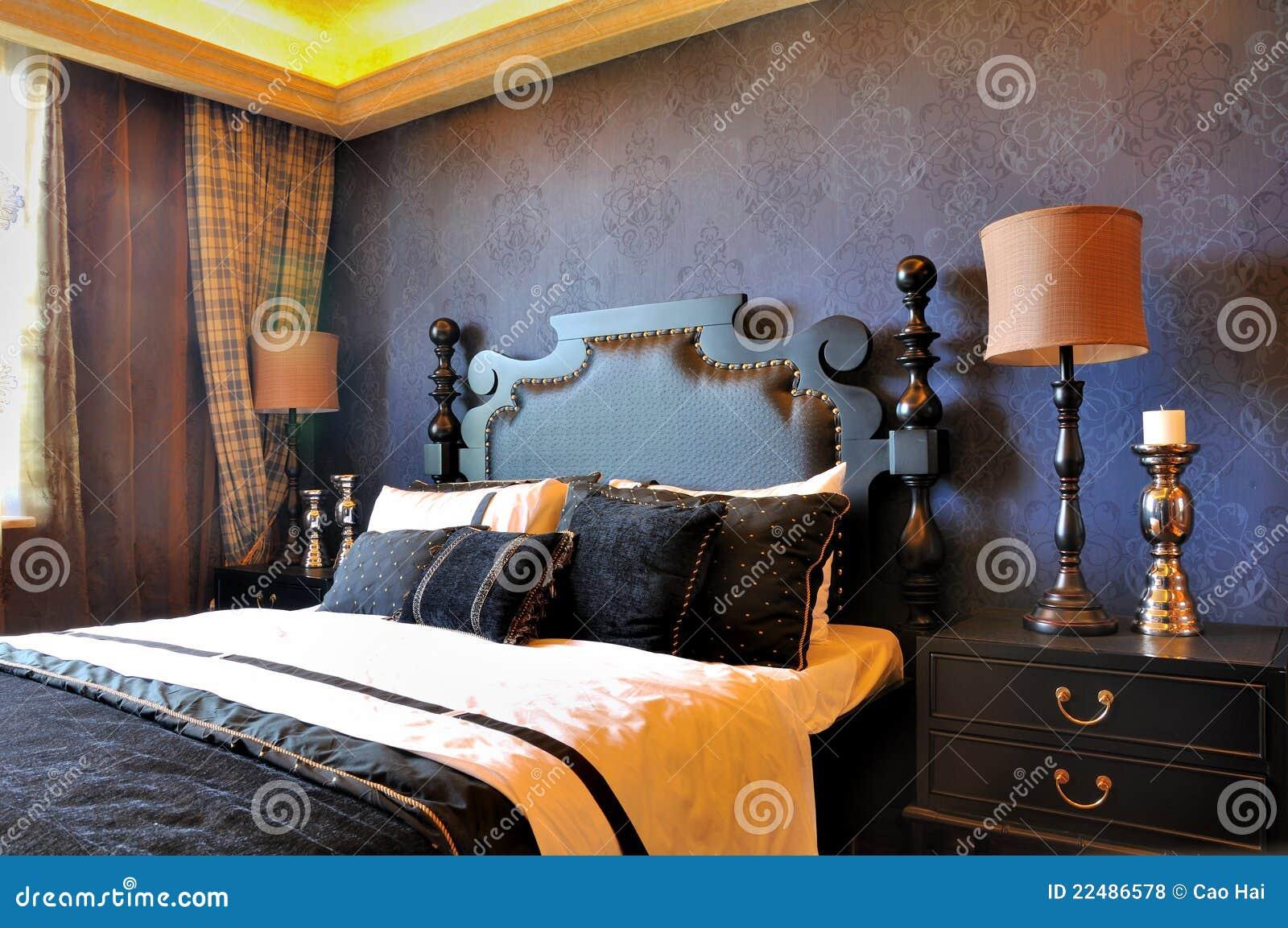 De diepe blauwe decoratie van de slaapkamer in edele stijl royalty vrije stock foto 39 s - Blauwe turquoise decoratie ...