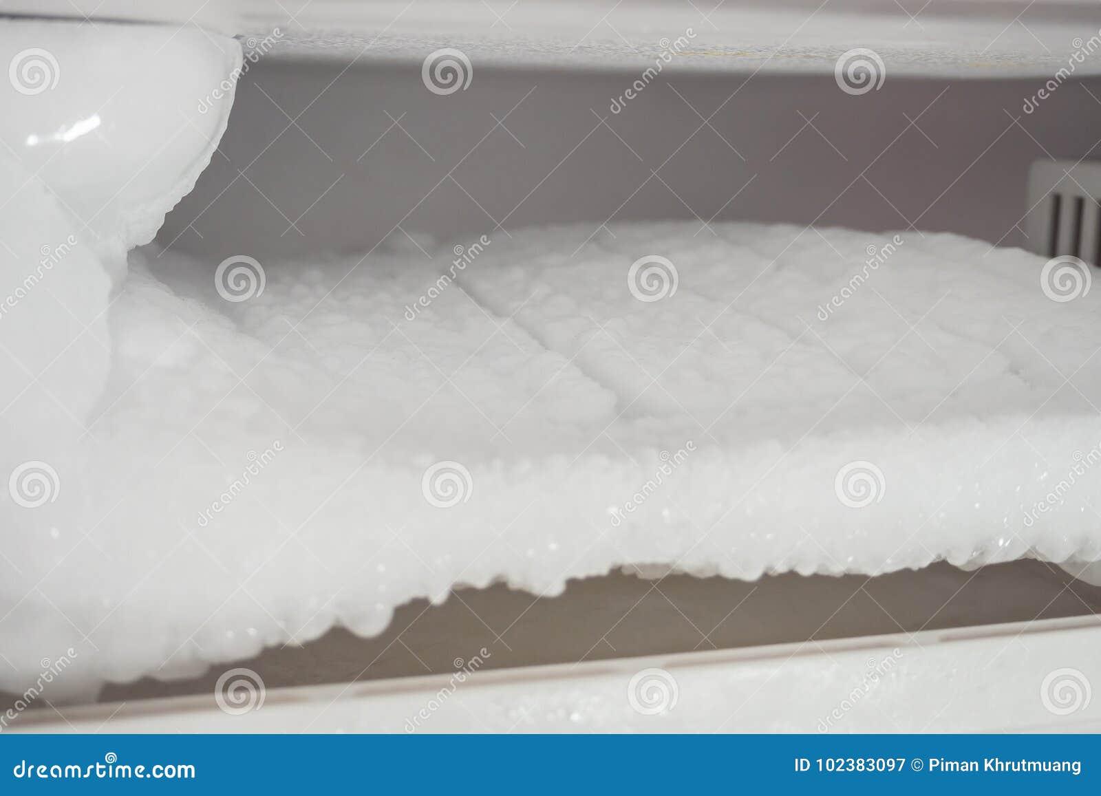 De diepvriezer van ijskast