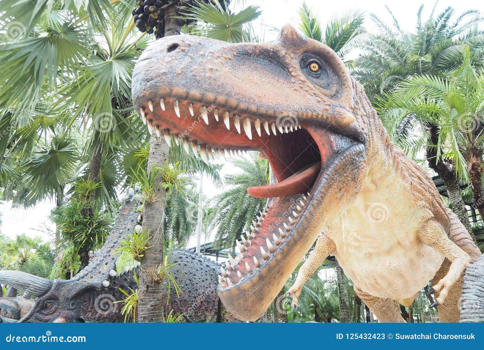 De dinosaurussen eten wild vlees