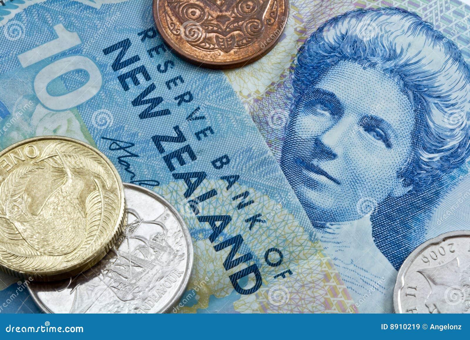 De dollar van tien Nieuw Zeeland met muntstukken