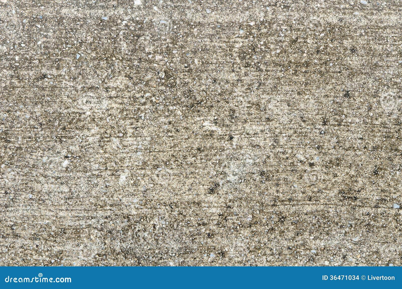 De doorstane Oude Concrete Oppervlakte is Behandeld met Mos