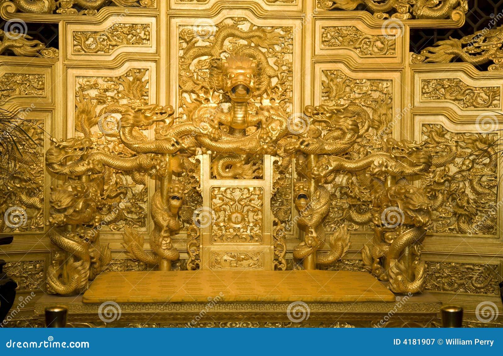 De Draken van de Troon van de Chinese Gouden Keizer