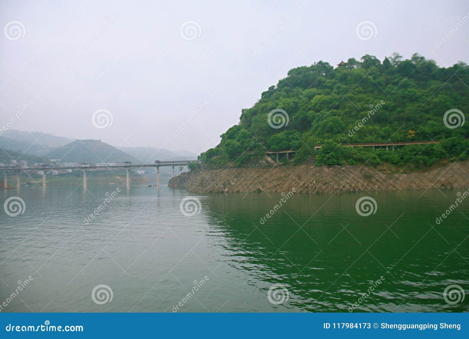De Drie Kloven van de Yangtze-Rivier