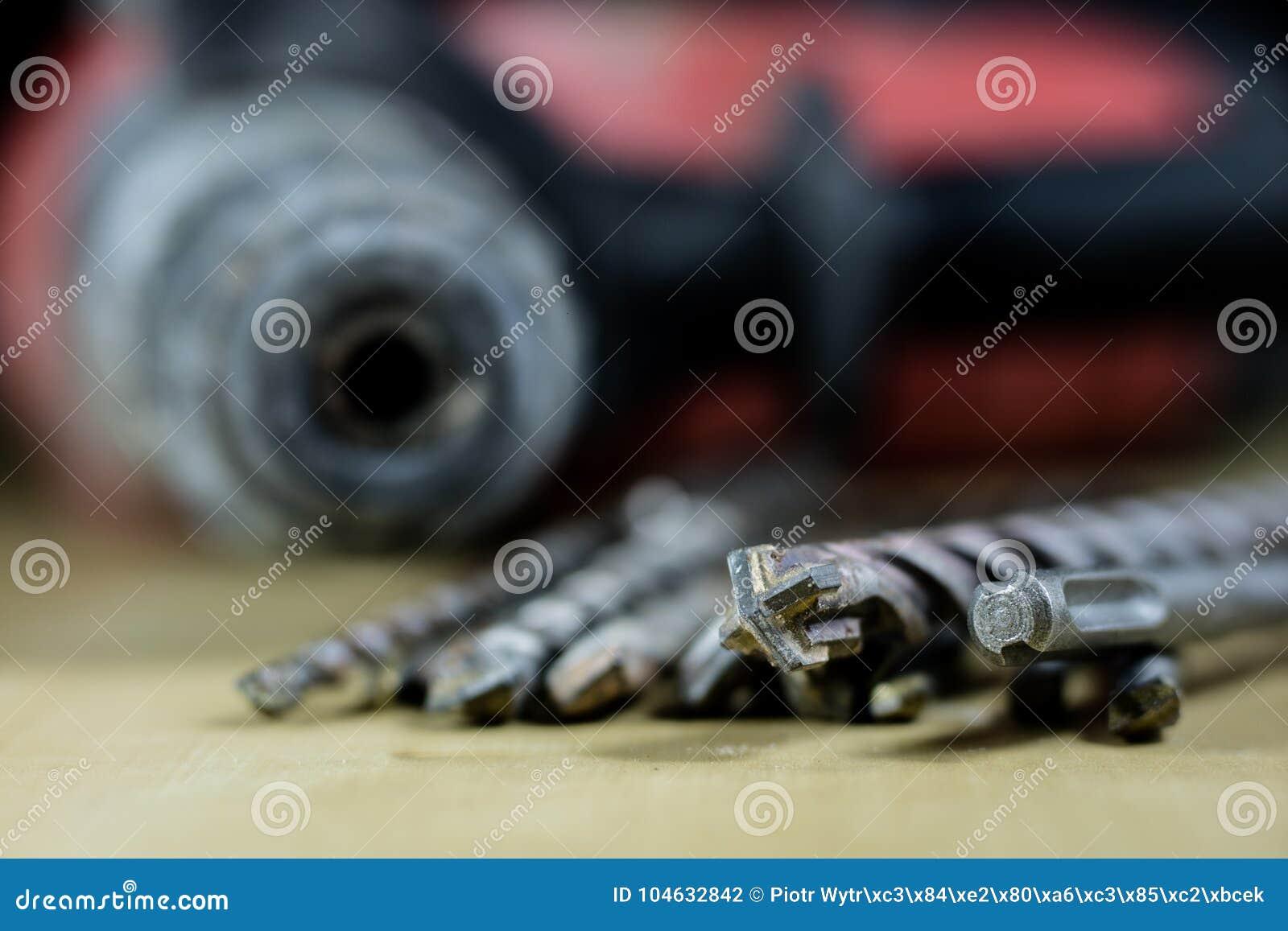 Download De Eenvoudige Opener Van De Metaalplaat Op Countertop In Het Restaurant Een Zilveren En Glanzende Flesopener Stock Foto - Afbeelding bestaande uit reeks, close: 104632842