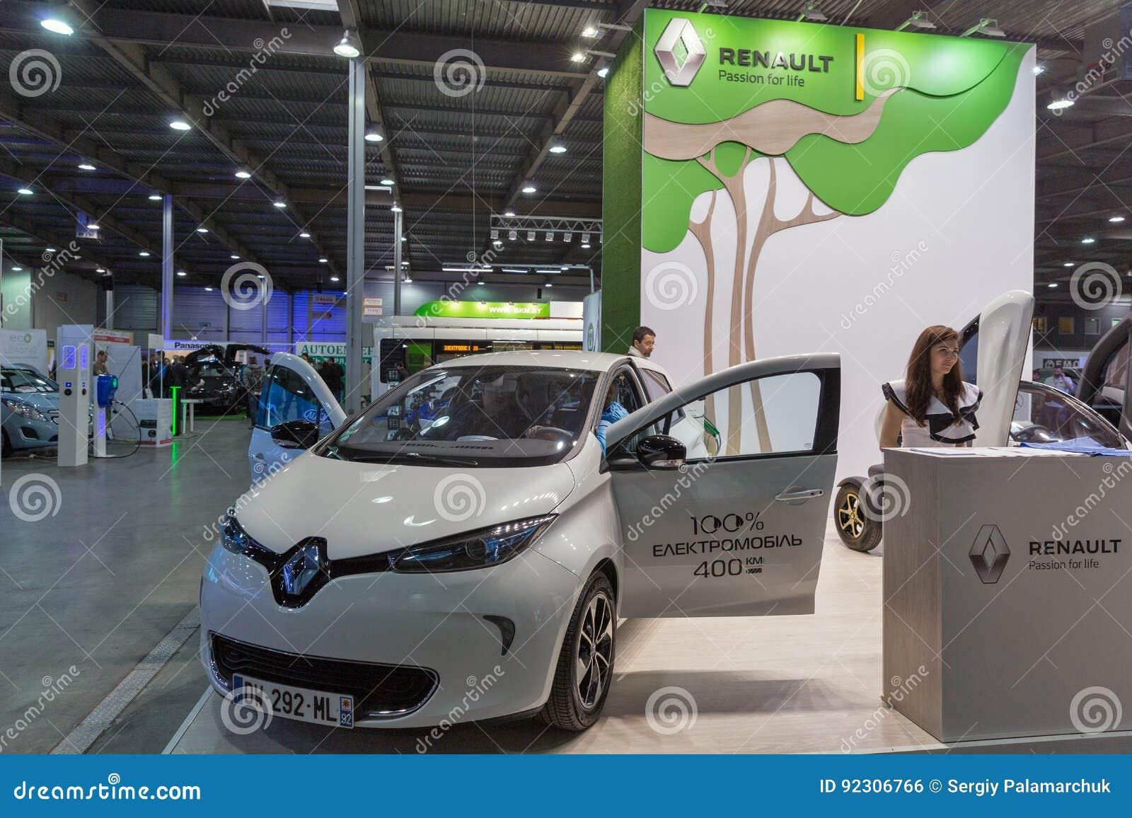 De Elektrische Auto Van Renault Zoe Op De Insteek De Oekraine 2017