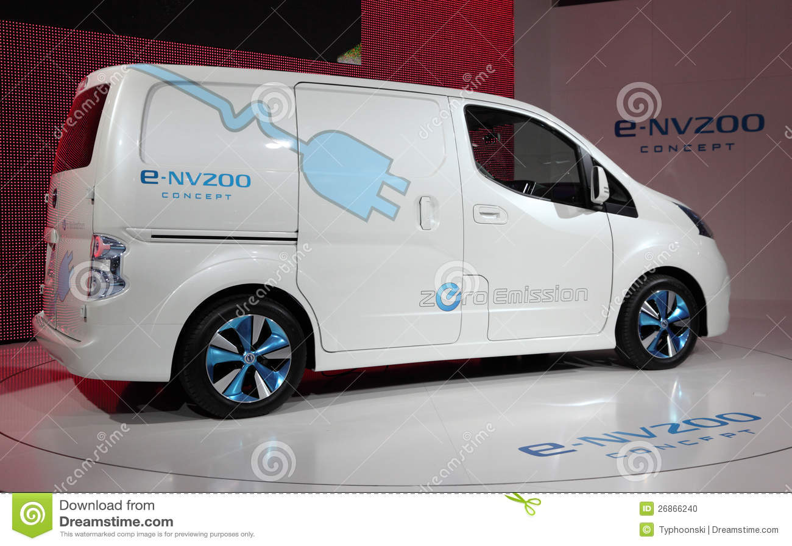 De Elektrische Bestelwagen Van Nissan E Nv200 Redactionele