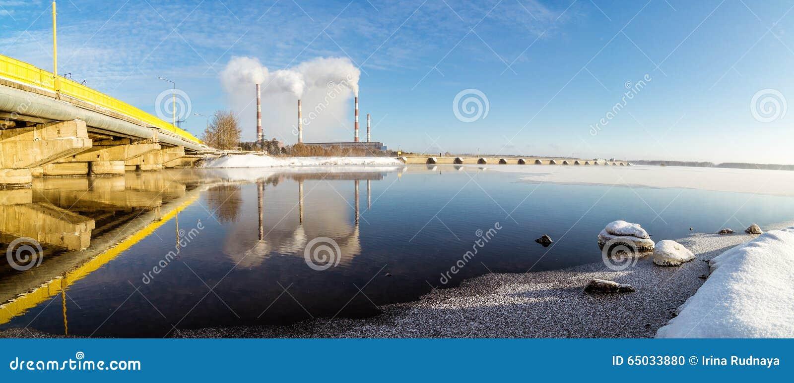 De elektrische centrale rusland het oeralgebergte van reftinskaya van het panoramareservoir - Centrale eiland prijzen ...