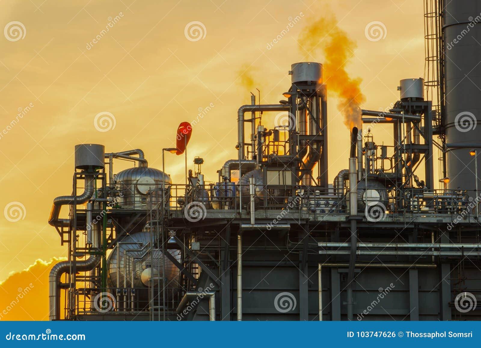 De Elektrische centraleelektriciteit die van de Aardgas Gecombineerde Cyclus post produceren